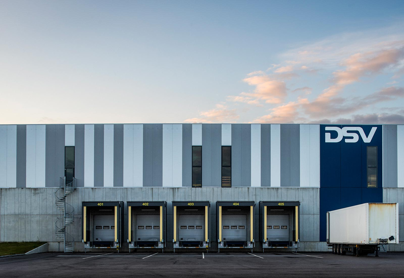 DSV Landskrona - logistic - DSV gets Northern Europe's largest traffic centre – more than 100,000 m2
